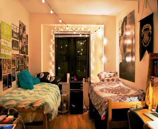4 Ways To Make Your Dorm Room Yours